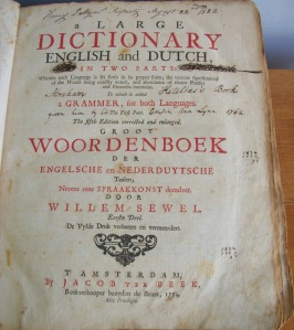 A Large Dictionary of English and Dutch